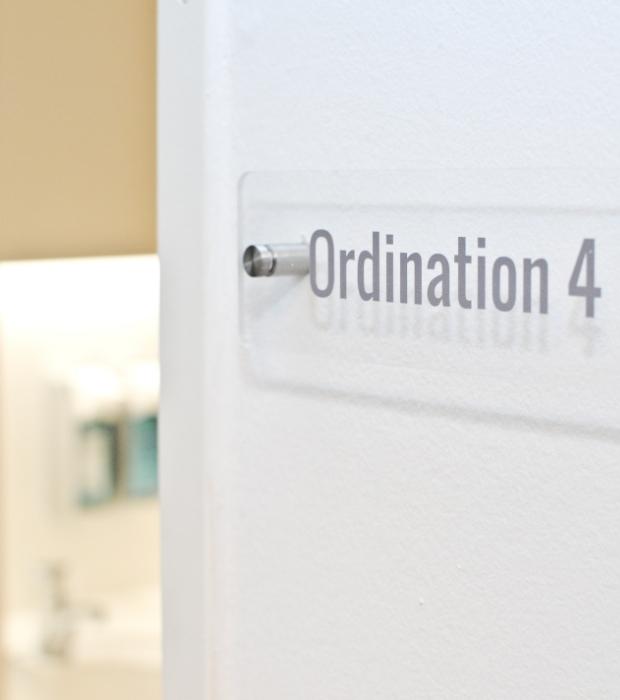 dr-maximilian-schmidt-oridination-praxis-ottakring